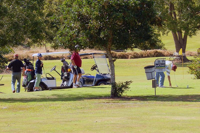 Social golf in Gympie
